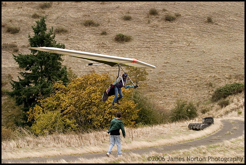 Hang Glider Pilot Top Lands at Peterson's Butte